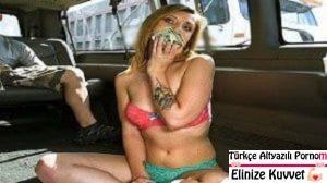 Sarışın Sürtük Parayı Görünce Minibüste Sikişiyor