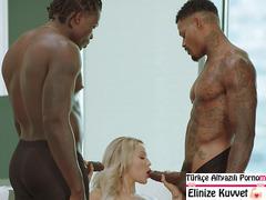 Zenci Heriflerin Sarışınlarla Grup Seks Videosu