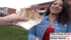 Latin Kız Parayı Görünce Orospuya Döndü