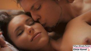 Uyanır Uyanmaz Romantik Sex Yaptılar