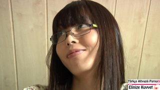 Yaşlı Öğretmen Japon Öğrencisini Sikiyor