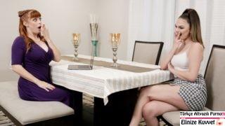 Annesiyle Röportaj Yaparken Ortalık Alev Alıyor