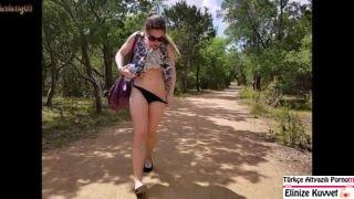 Ormanda Piknik Yaparken Sevişen Lezler