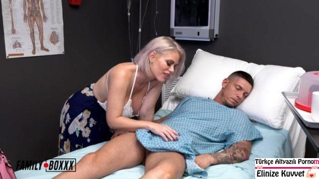 Üvey Oğlunu Hastanede Kendisi iyileştiriyor