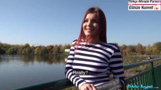 Mavi Gözlü Kızıl Saçlı Rus Bayan Çok Sikişken